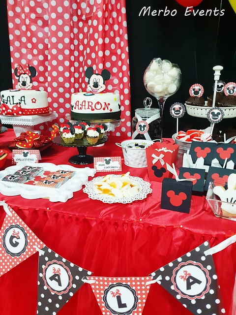 decoracion mesa mickey y minnie Merbo Events