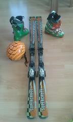 Sjezdové lyže Atomic SX7, boty Atomic 40, helma Ca - titulní fotka
