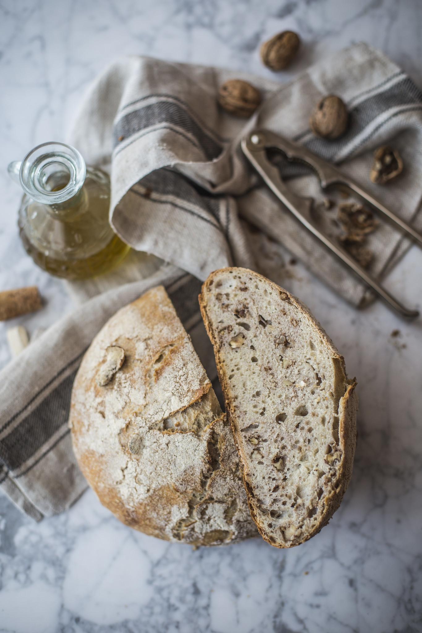 Pane di solina alle noci2