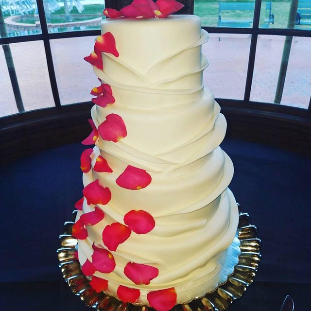 Cake by Cayley Cakes