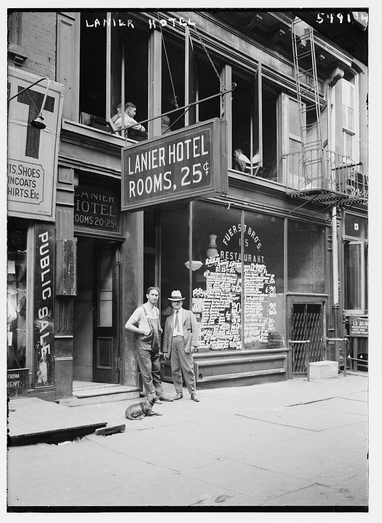 Lanier Hotel (LOC)
