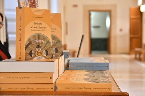 """Tavola rotonda """"La ricerca di Dio fra religione, filosofia e Rivelazione"""""""
