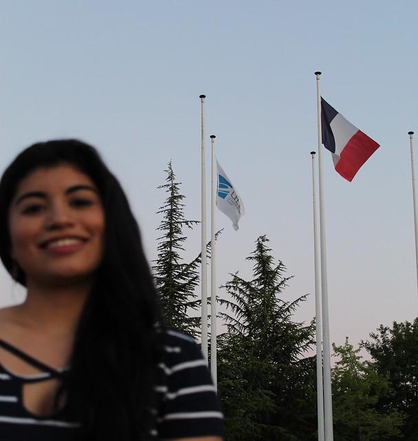 Laura Stephanie en Francia