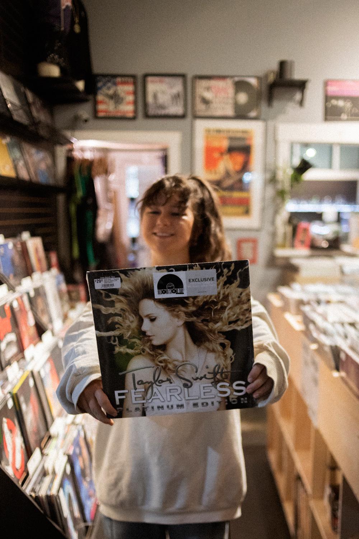 Record Shopping with Mallrat at Creep Records