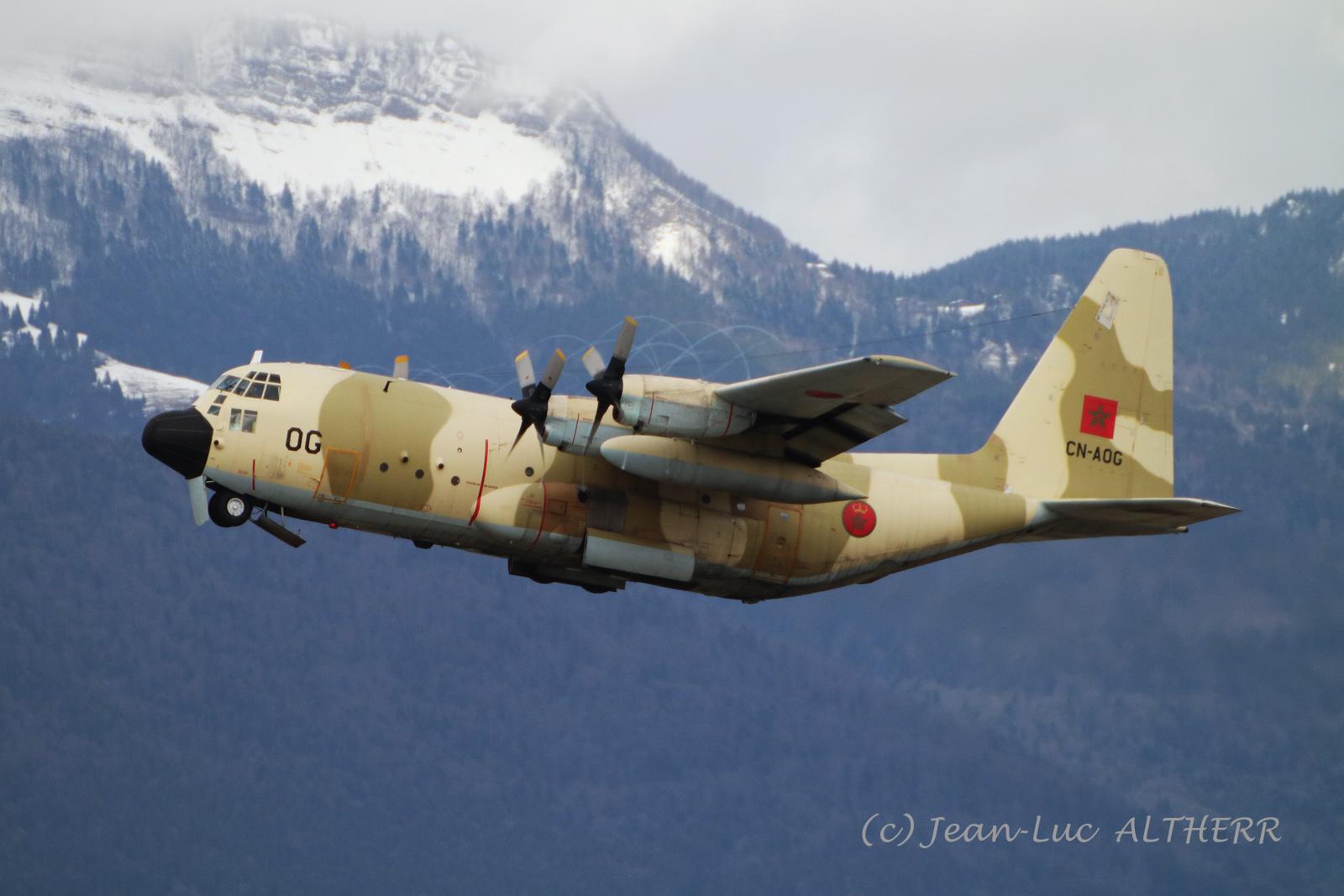 FRA: Photos d'avions de transport - Page 37 33441757978_8a349afd05_o