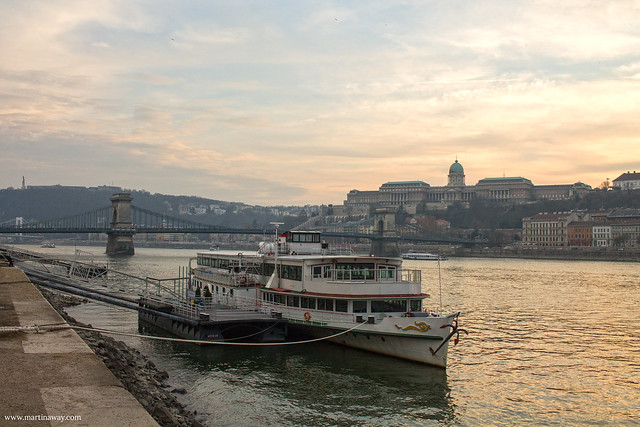 Come muoversi a Budapest: traghetto sul Danubio