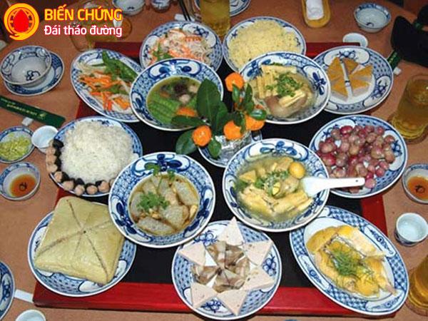 Các món ăn ngày Tết dễ khiến cho người bệnh tiểu đường tăng đường máu