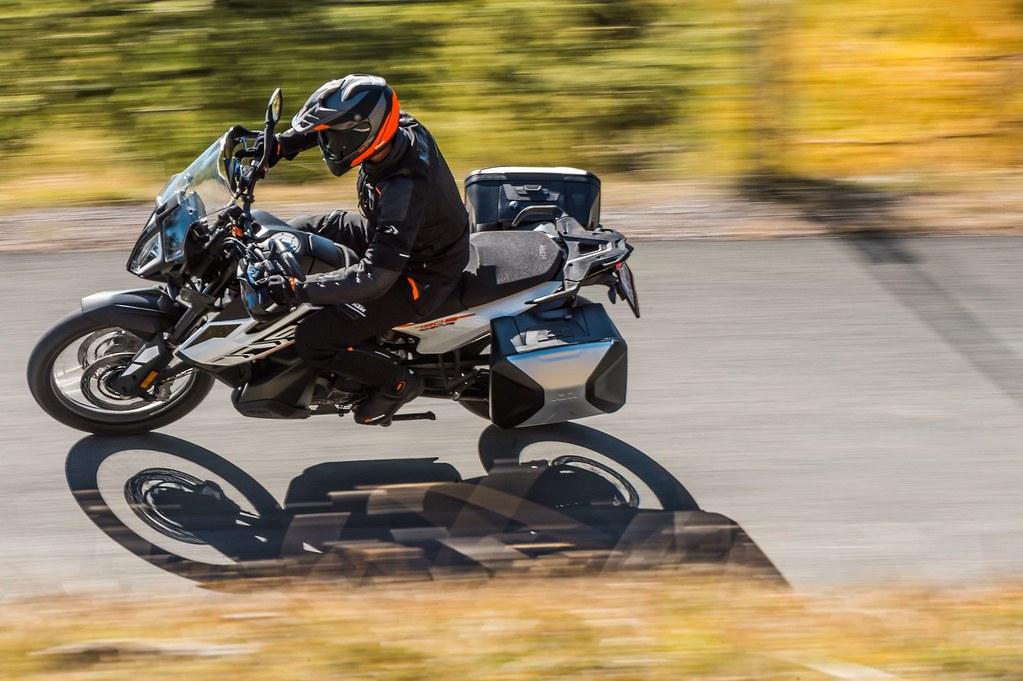 KTM 790 Adventure 2019 - 11