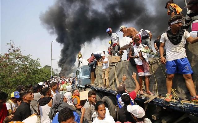 Artigo | Nem toda a ajuda que chega à Venezuela é humanitária