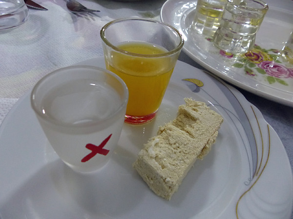 liqueur de mastic et halva