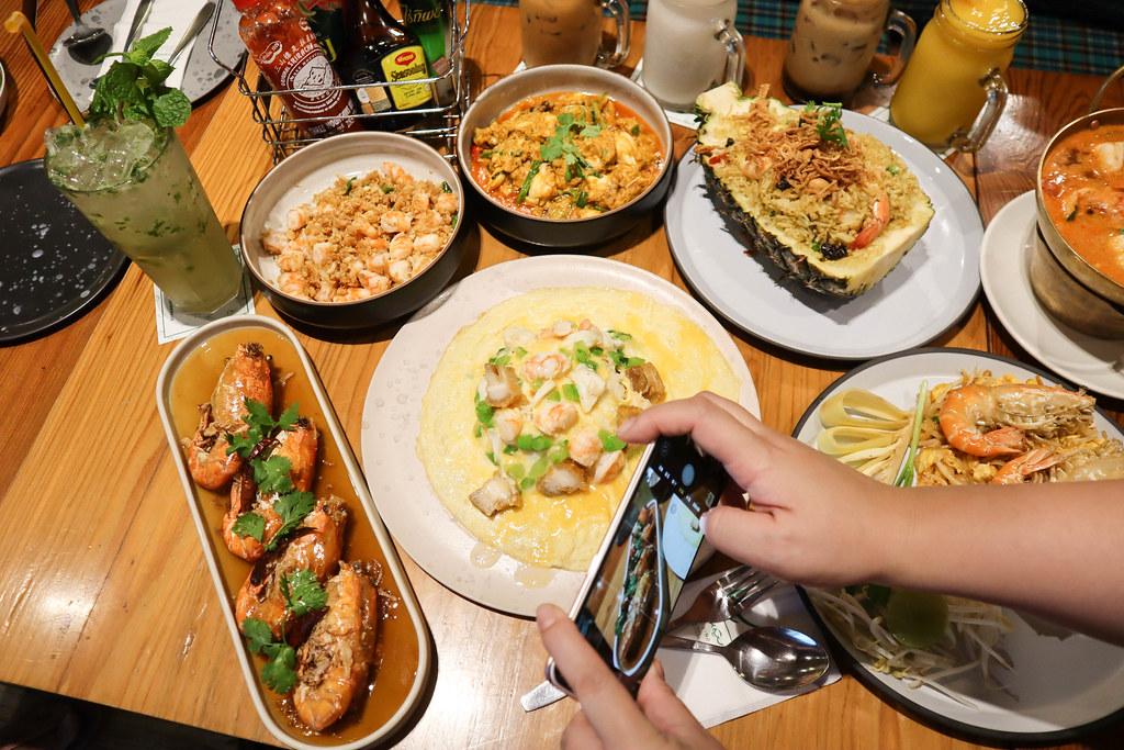 Baan Ying Cafe & Meal (41)