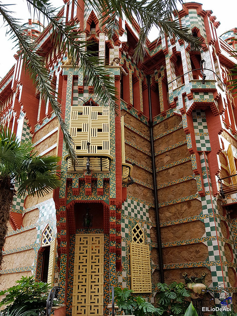 Casa Vicens primera casa modernista diseñada por Gaudi (3)