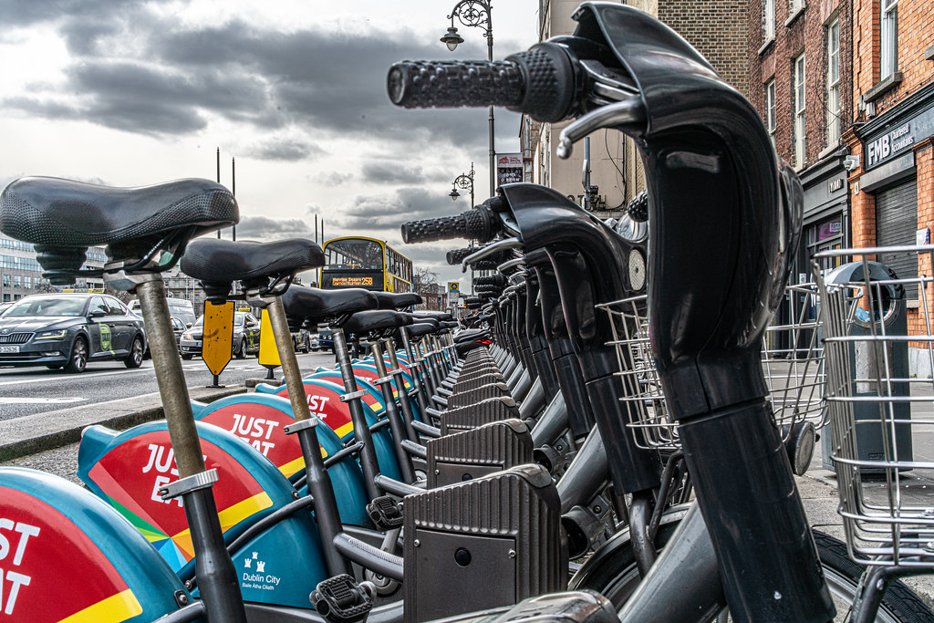 DUBLINBIKES DOCKING STATION 29 ON ORMOND QUAY - AT GRATTAN BRIDGE 002