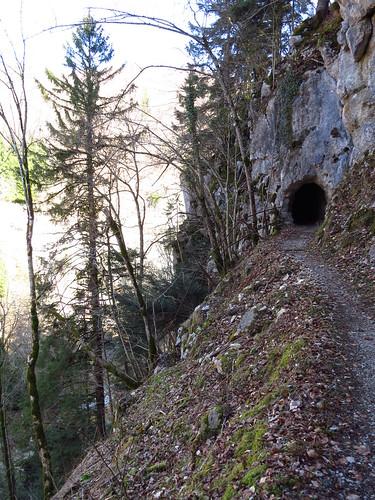 Entrée de la grotte du dragon