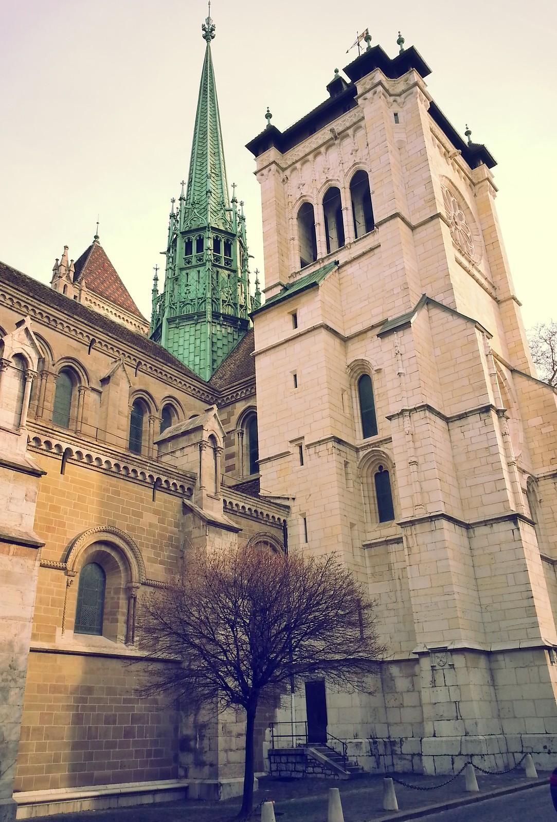 16-01-28 (Geneva) St. Pierre Cathedral.