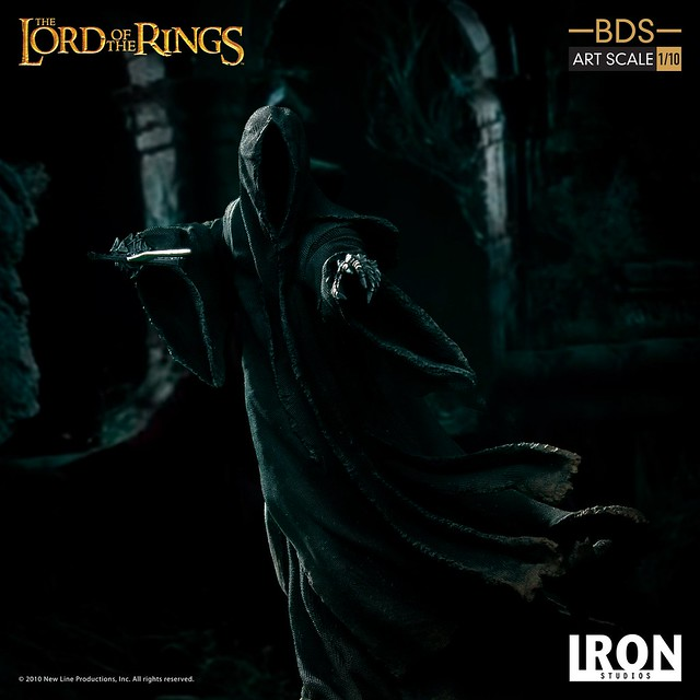Iron Studios Battle Diorama 系列《魔戒》展開攻擊的戒靈 Attacking Nazgûl 1/10 比例決鬥場景雕像作品