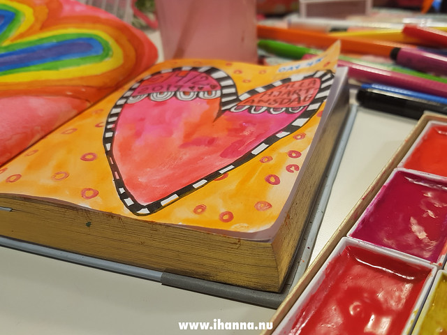 Hearts painted in February 2019 by iHanna