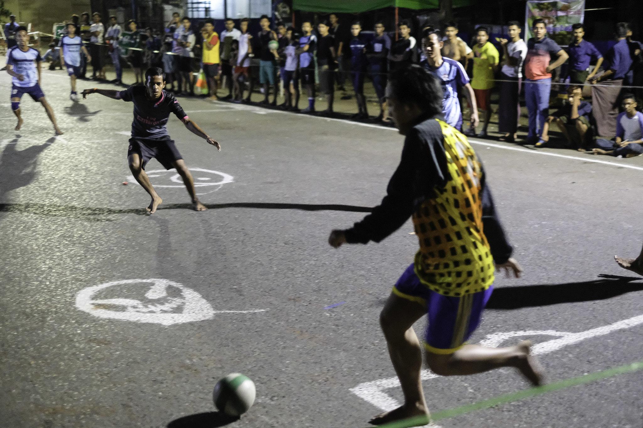 yangon - fussball2