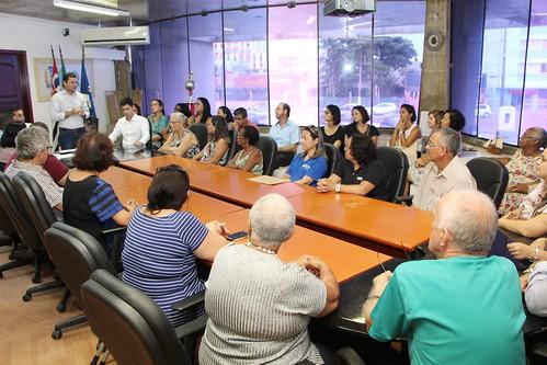 Assinatura de convênios com entidades assistenciais do município