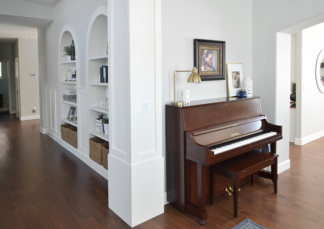 Piano/Entry
