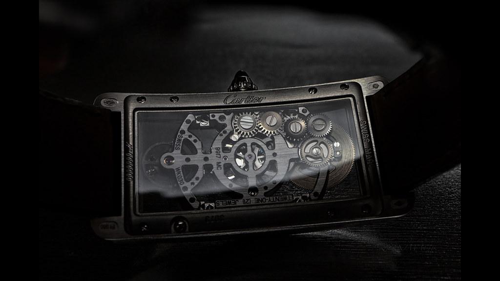 Cartier TANK CINTRÉE WATCH (7) - 6K