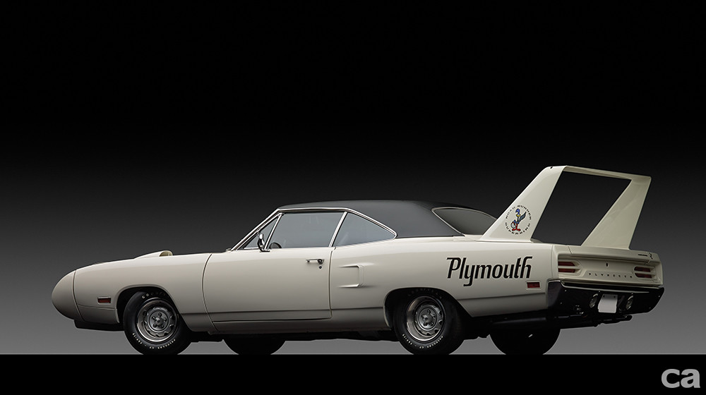 1970-Plymouth-Road-Runner-Superbird_1