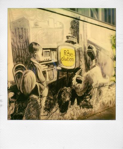 Graffiti (rue d'Aubervilliers, Paris)