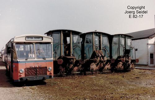BE-3630 Maasmechelen Armand Lowie  Unbekannte Lokomotiven mit DAF Autobus im März  1991