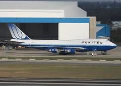 United Airlines                            Boeing 747                                     N174UA