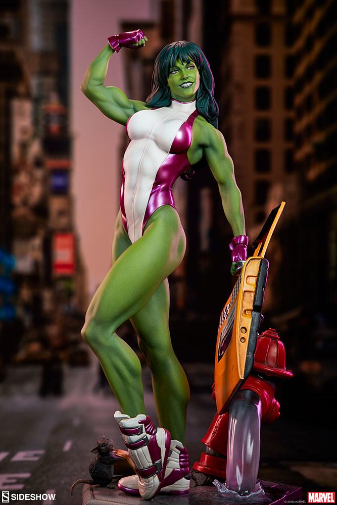 健美的體態、爽朗的笑容! Sideshow Collectibles Marvel【女浩克】She-Hulk 1/5 比例全身雕像作品