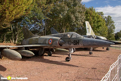 9-13-SH---9---French-Air-Force---Dassault-Mirage-5-F---Savigny-les-Beaune---181011---Steven-Gray---IMG_5100-watermarked
