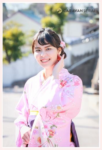 大学卒業記念のロケーションフォト 着物と袴 女子大生