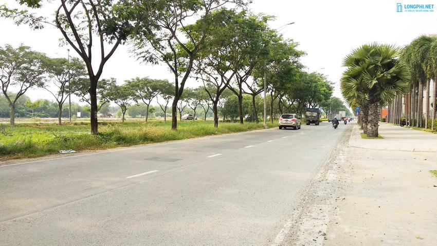 Khu Nam Sài Gòn và vùng ven có kết nối thuận lợi đến trung tâm thành phố với hạ tầng hiện hữu.