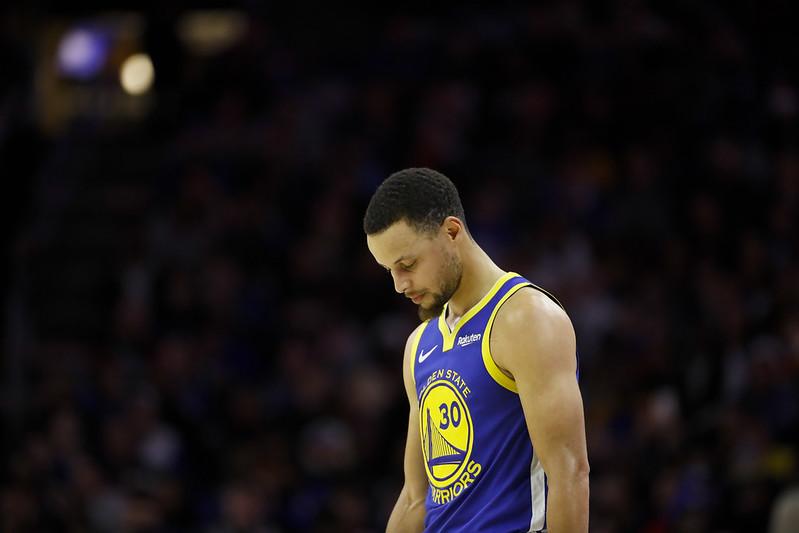 Stephen Curry無力阻止勇士吞下33分慘敗。(達志影像)