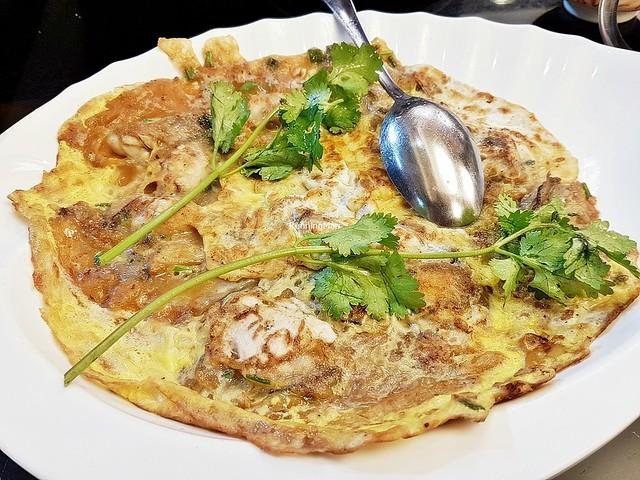 Teochew Fried Oyster Omelette
