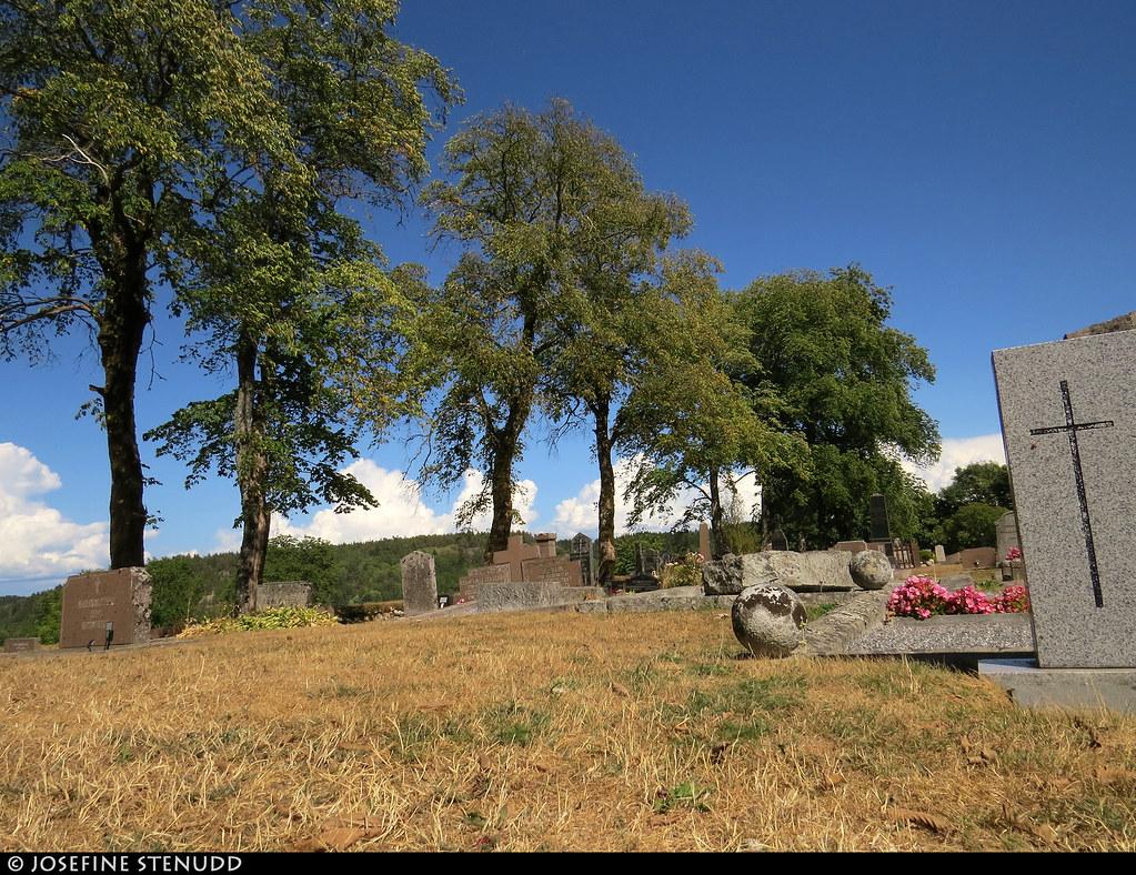 20180804_07k Cemetery   The trail Bohusleden, near the end of section 17 - Svarteborg   Bohuslän, Sweden near Kråkeröd