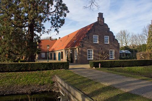 Wijchen - bijgebouw kasteel