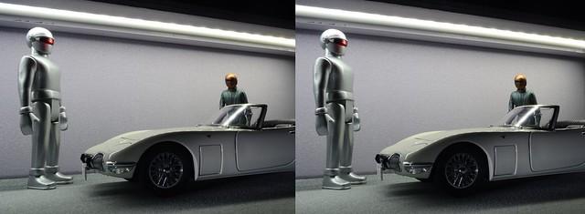 Gort and Klaatu go car shopping (in 3D)