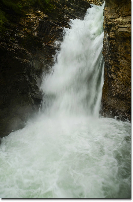 Johnston Canyon Falls (lower) (5)
