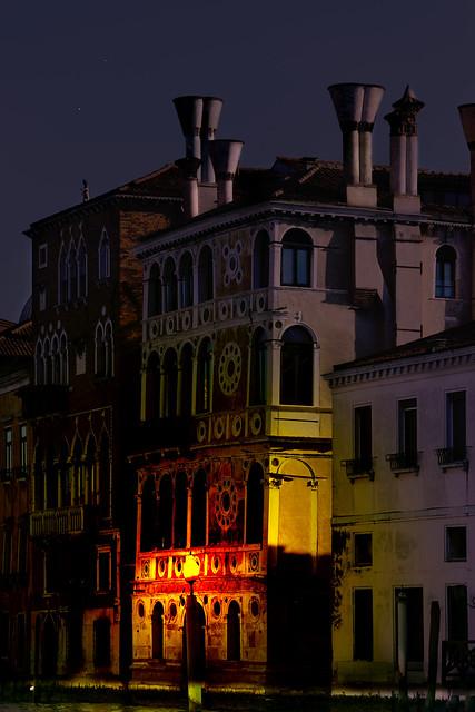 Cada ciudad tiene su luz 31955961437_c9f3d13ce3_z