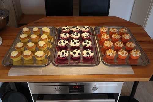 Cupcake-Buffet anlässlich meiner Geburtstagsfeier (rechte Seite)