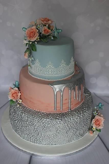 Cake by Helen's Designer Cakes