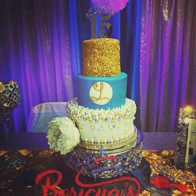 Cake by Boricuas Cakes & More