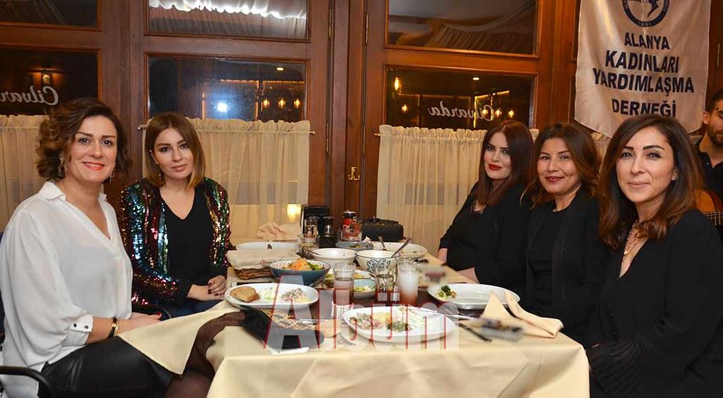 Gökçe-Akışoğlu,-Cihan-Aydoğan-Zamanoğlu,-Ezgi-Akgün-Biber,-Güzide-Cezirioğlu,-Şule-Köseoğlu