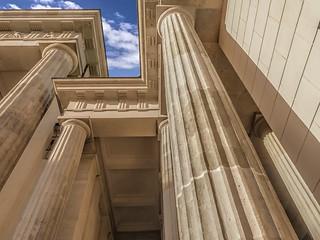 Säulen der Macht-1 / Power Pillars-1