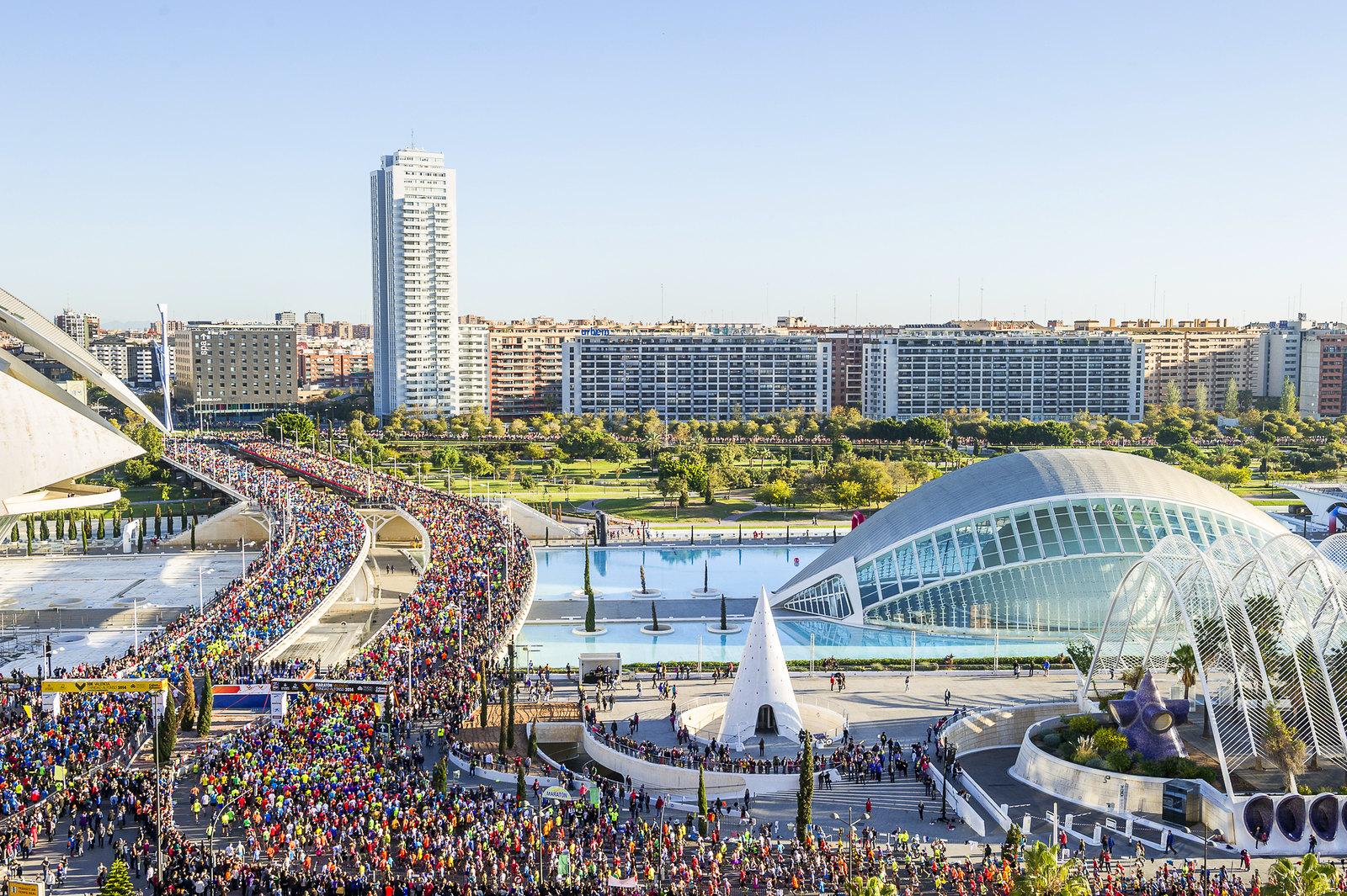 Correr el Maratón de Valencia, España - Marathon Spain maratón de valencia - 47198694001 ad9f20e8a0 h - Maratón de Valencia: análisis, recorrido, entrenamiento y recomendaciones de viaje