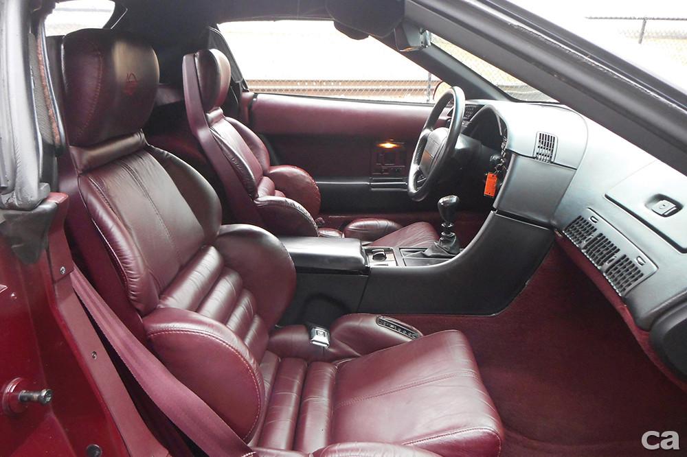 1993-Chevrolet-Corvette-Convertible-40th-Anniversary_9