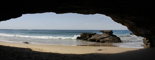 CAVE VIEW - CAVES BEACH.