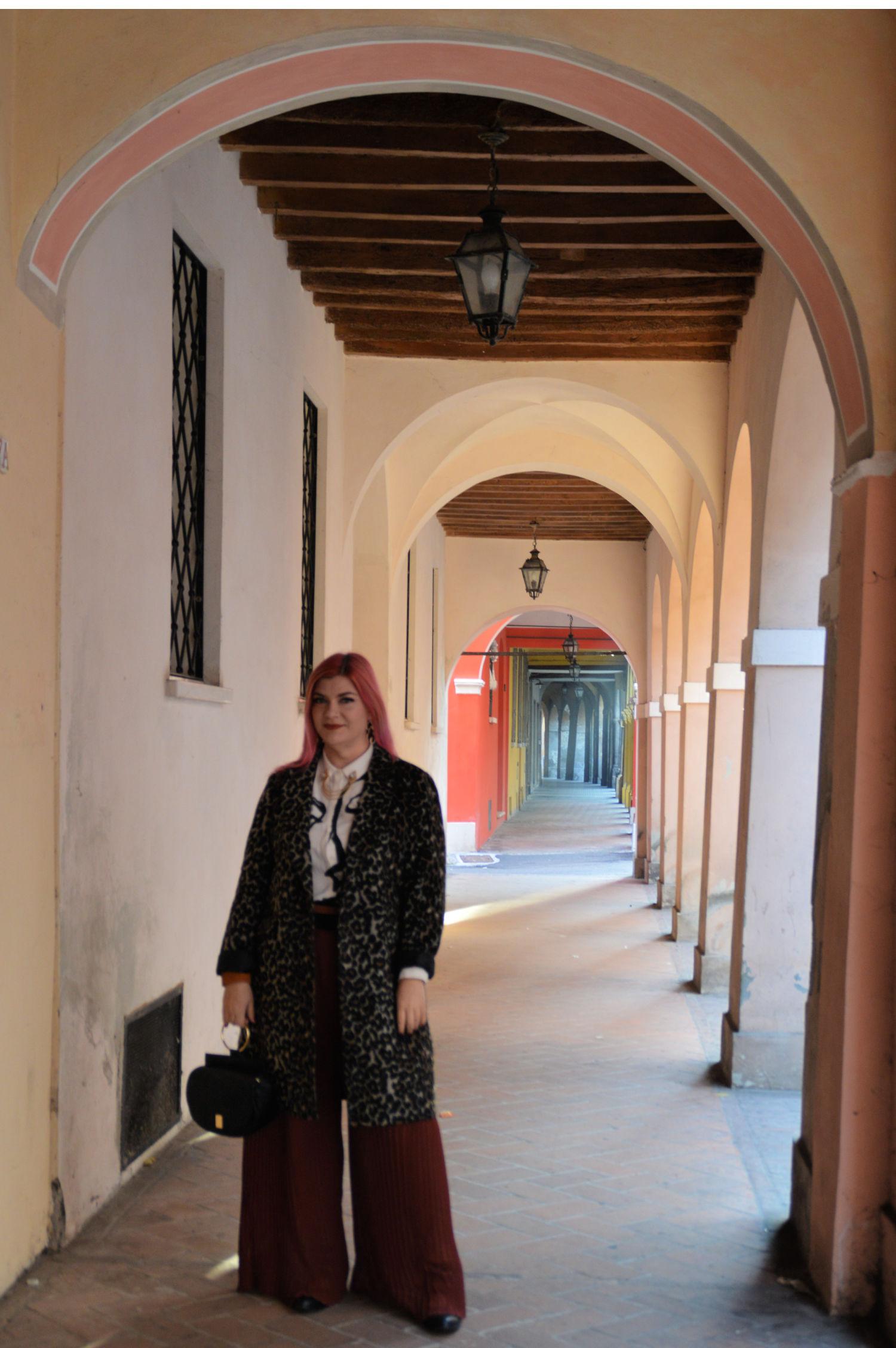 outfit plus size, curvy, panta palazzo e cappotto leopardato (5)