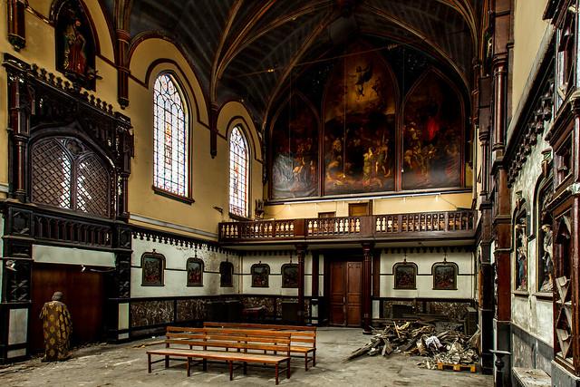 Universe Chapel (Urbex), Canon EOS-1D MARK IV, Canon EF 16-35mm f/2.8L